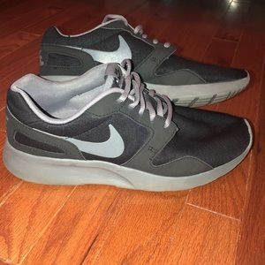 Black and gray Nike Sneakers!